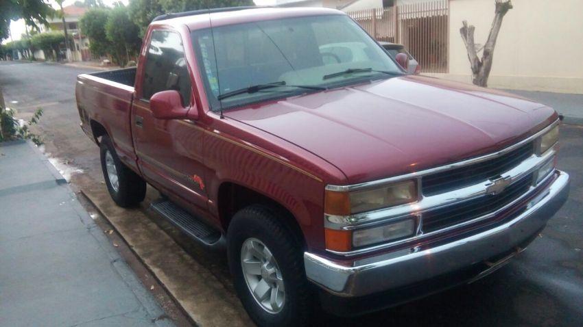 Chevrolet Silverado Pick Up Conquest 4.2 - Foto #3