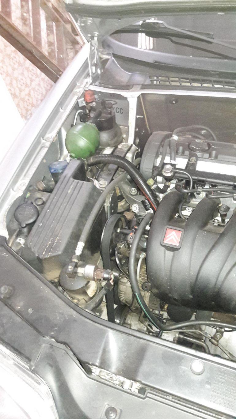 Citroën Xantia GLX 2.0 16V (aut) - Foto #4