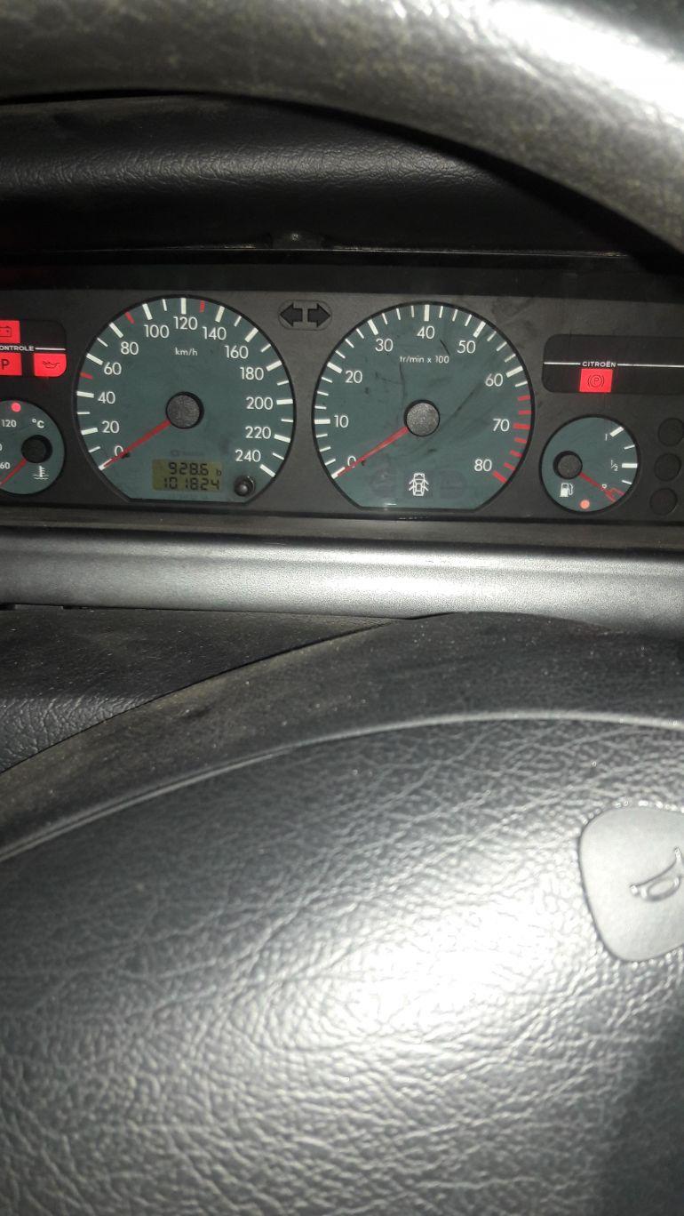 Citroën Xantia GLX 2.0 16V (aut) - Foto #6