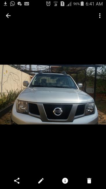 Nissan Frontier 2.5 TD CD SV Attack 4x4 - Foto #1