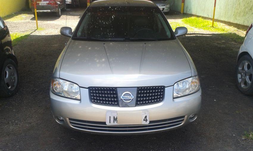 Nissan Sentra GXE 1.8 16V - Foto #4