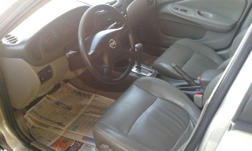 Nissan Sentra GXE 1.8 16V - Foto #8