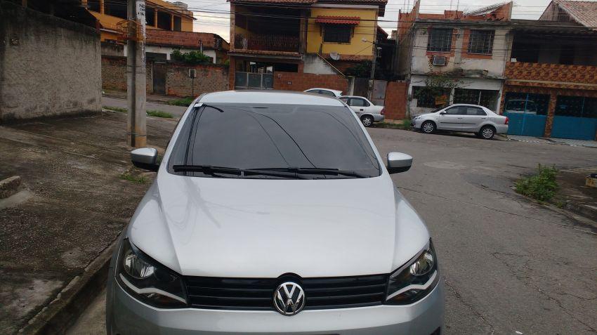 Volkswagen Voyage (G6) 1.0 TEC Total Flex - Foto #5