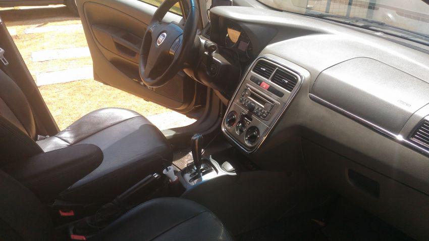 Fiat Punto Essence 1.8 16V Dualogic (Flex) - Foto #1