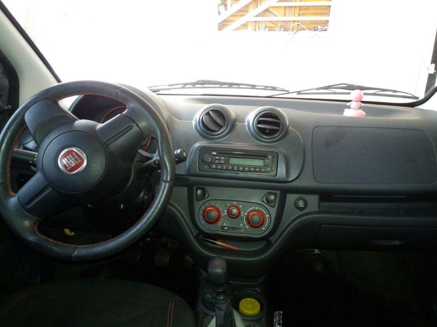 Fiat Uno Sporting 1.4 (Flex) 4p - Foto #3