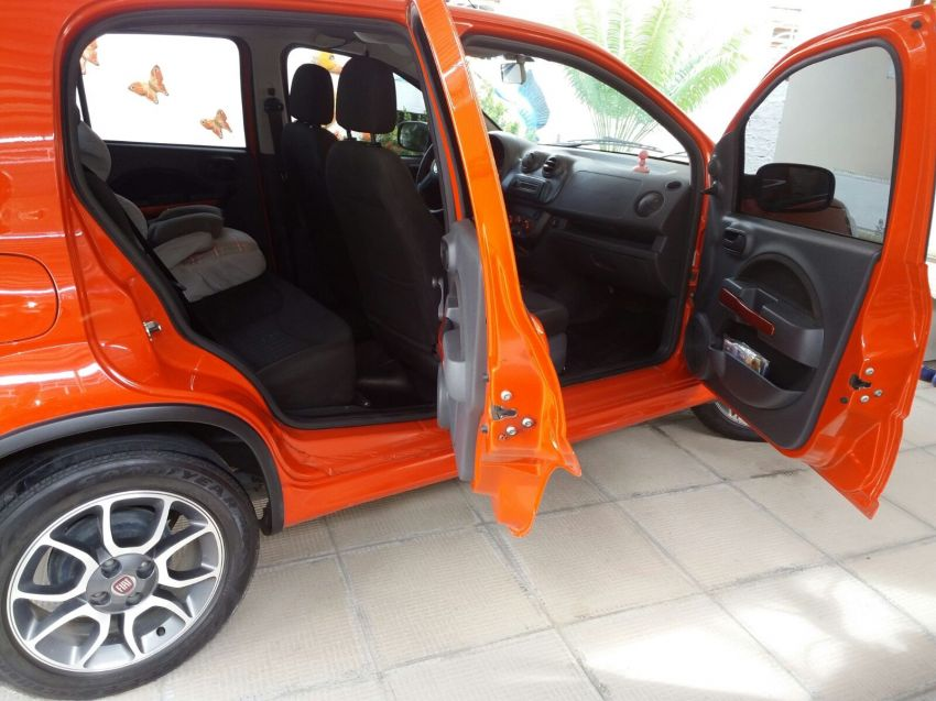 Fiat Uno Sporting 1.4 (Flex) 4p - Foto #4