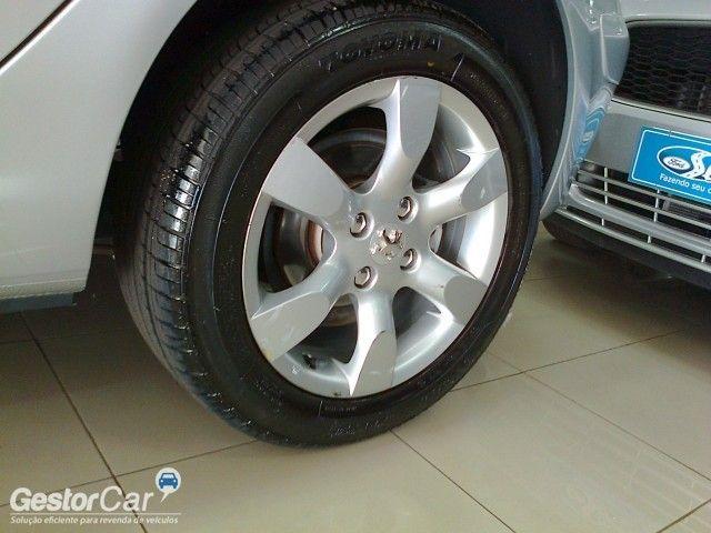 Peugeot 307 Hatch. Presence Pack 2.0 16V (aut) (flex) - Foto #5