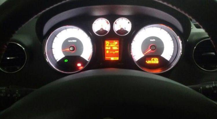 Peugeot 308 Roland Garros 1.6 THP (Aut) - Foto #7