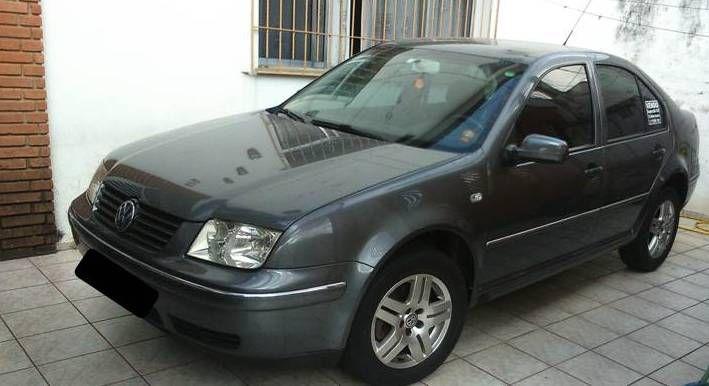 Volkswagen Bora 2.0 MI (Aut) - Foto #1