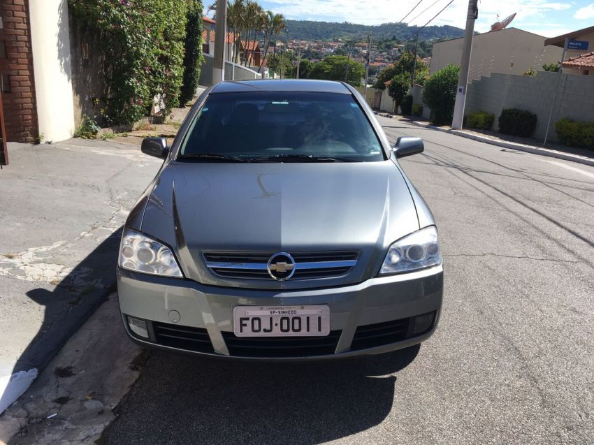 Chevrolet Astra Hatch 2.0 (Flex) - Foto #6