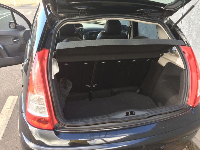 Citroën C3 GLX 1.4 8V (flex) - Foto #5