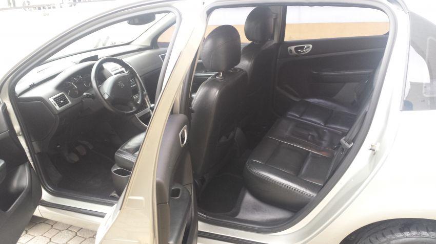 Peugeot 307 Sedan Feline 2.0 16V - Foto #7