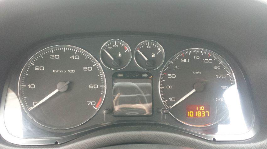 Peugeot 307 Sedan Feline 2.0 16V - Foto #8