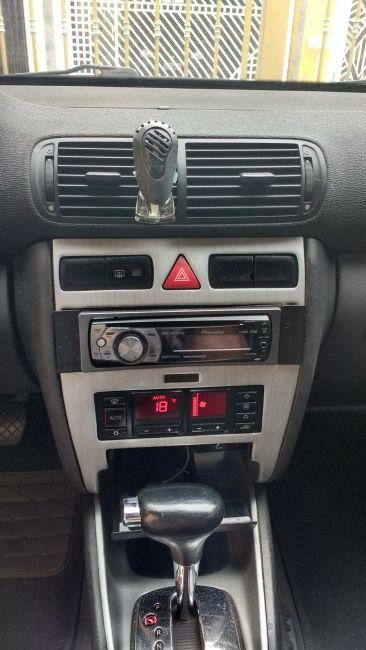 Audi A3 1.8 20V Turbo (aut) 2p - Foto #6