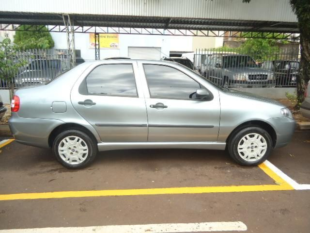Fiat Siena Celebration Fire 1.0 8V (Flex) - Foto #2