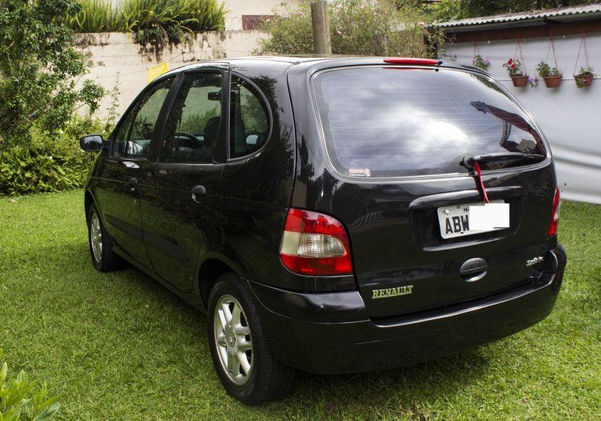 Renault Scénic RT 2.0 16V (aut) - Foto #5