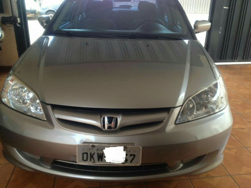 Honda Civic Sedan LX 1.7 16V - Foto #1