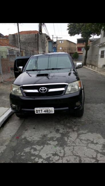 Toyota Hilux 3.0 TDI 4x4 CD SR Auto - Foto #2
