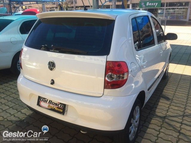 Volkswagen Fox Plus 1.0 8V (Flex) - Foto #7