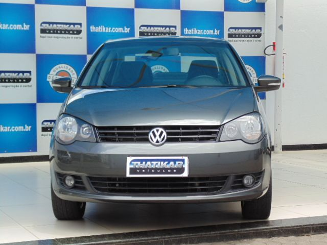Volkswagen Polo Sedan 1.6 Mi 8V Total Flex - Foto #2