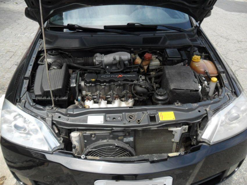 Chevrolet Astra Sedan Elegance 2.0 (Flex) - Foto #2