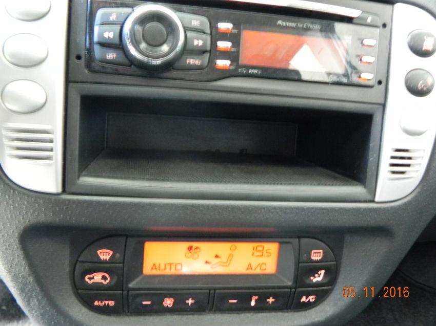 Citroën C3 Exclusive 1.6 16V (Flex)(aut) - Foto #9