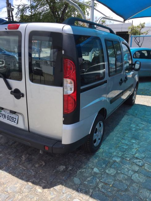 Fiat Doblò Attractive 1.4 (Flex) - Foto #3
