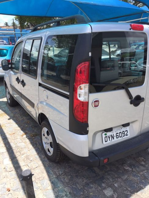 Fiat Doblò Attractive 1.4 (Flex) - Foto #8
