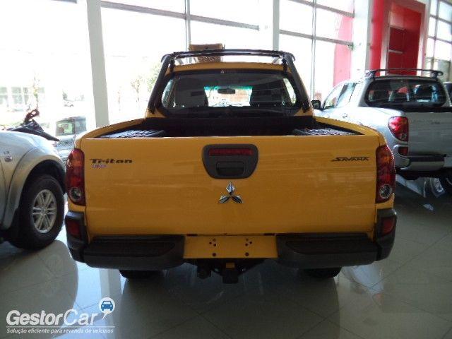 Mitsubishi L200 Triton 3.2 DID-H Savana 4WD - Foto #4
