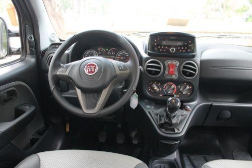 Fiat Doblò Adventure 1.8 16V (Flex) - Foto #1