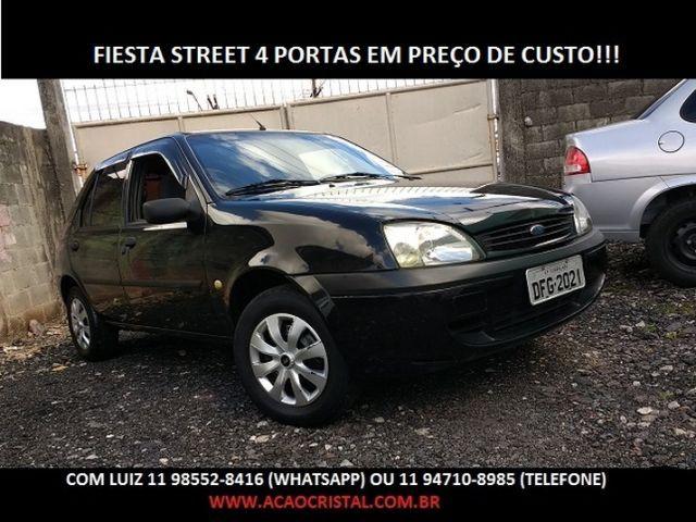 Ford Fiesta Street 1.0 MPI 8V - Foto #1