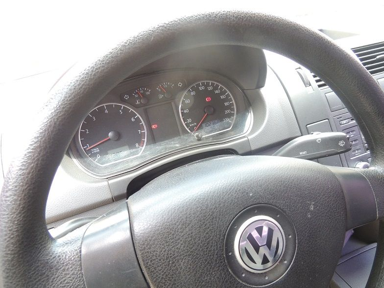Volkswagen Polo Sedan 1.6 8V (Flex) - Foto #7