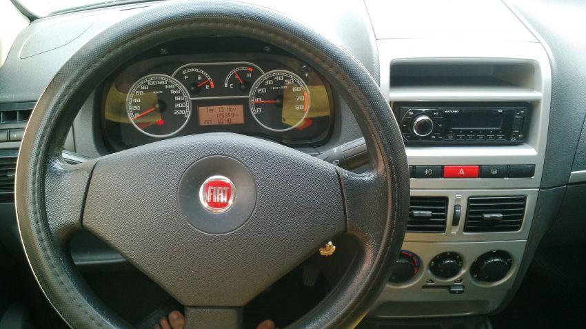 Fiat Siena 1.4 8V (Tetrafuel) - Foto #9