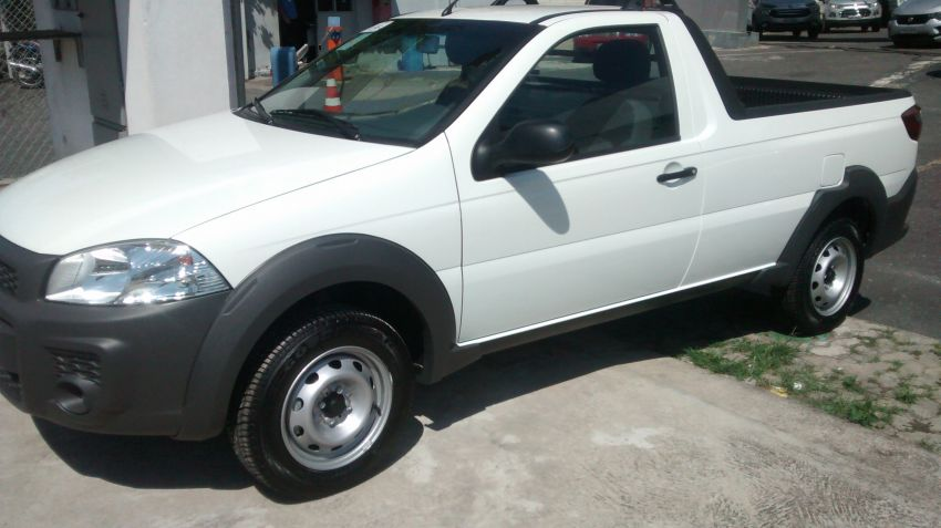 Fiat Strada Working 1.4 (Flex) - Foto #2