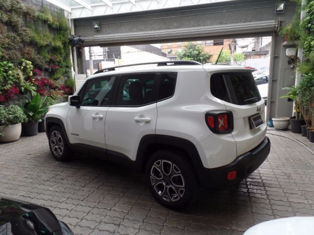 Jeep Renegade Longitude 1.8 16v Flex - Foto #5