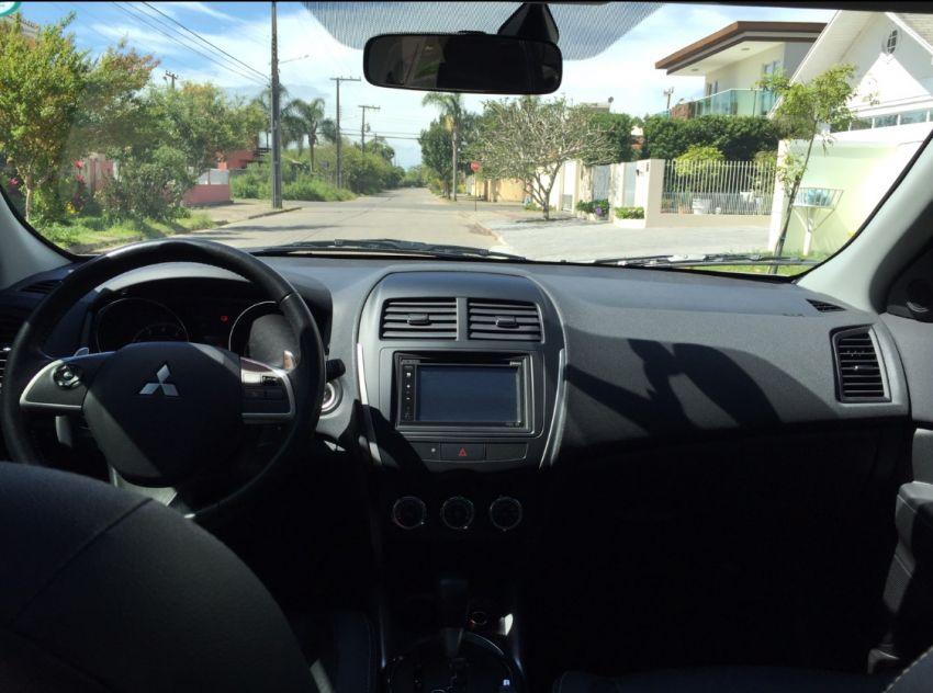 Mitsubishi ASX 2.0 16V CVT 4WD - Foto #3