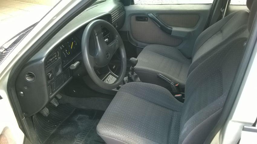 Chevrolet Monza Sedan GL 2.0 EFi - Foto #1