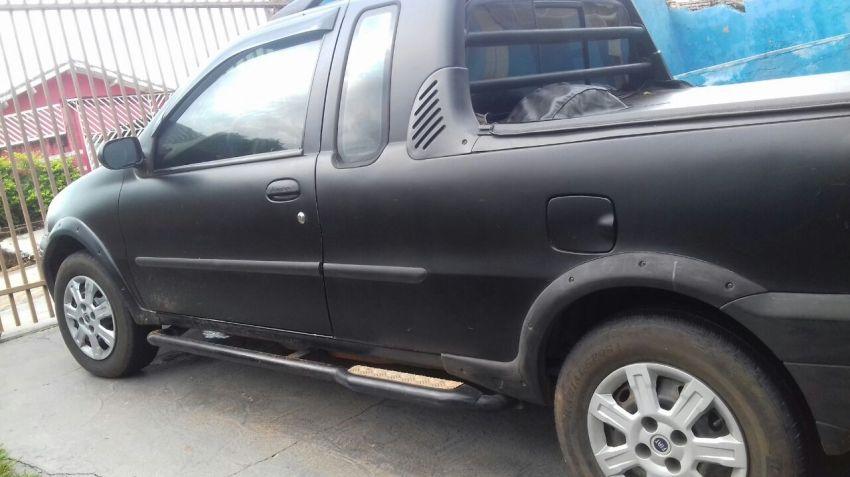 Fiat Strada Adventure 1.8 8V (Cab Estendida)