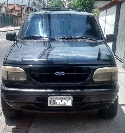 Ford Explorer XLT 4x4 4.0 V6 - Foto #3