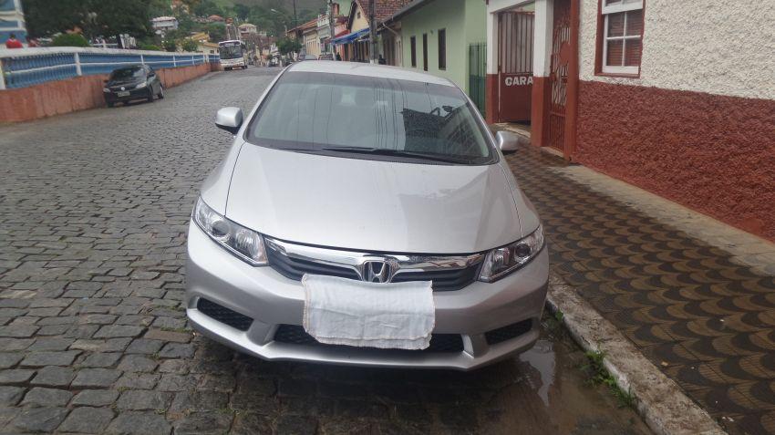 Honda Civic LXS 1.8 i-VTEC (Flex) (Aut) - Foto #2