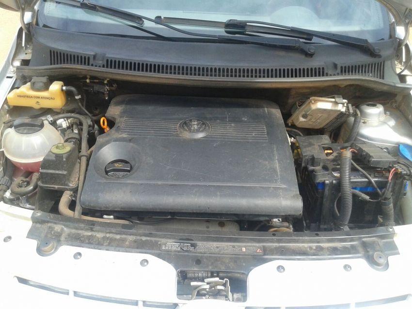 Volkswagen Fox Extreme 1.6 8V (Flex) 4p - Foto #3