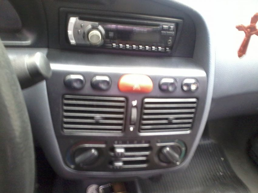 Fiat Palio EDX 1.0 MPi - Foto #10