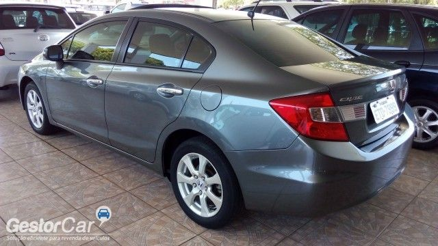 Honda New Civic EXS 1.8 16V i-VTEC (aut) (flex) - Foto #3