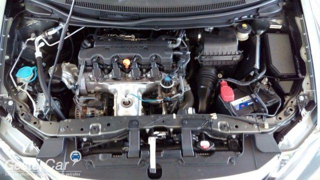 Honda New Civic EXS 1.8 16V i-VTEC (aut) (flex) - Foto #6