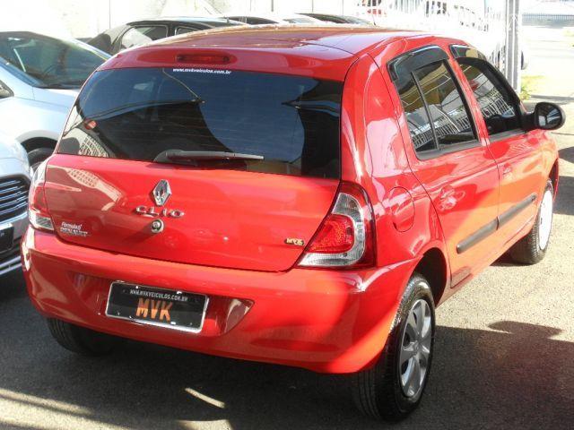Renault Clio Expression 1.0 16V Hi-Flex - Foto #4