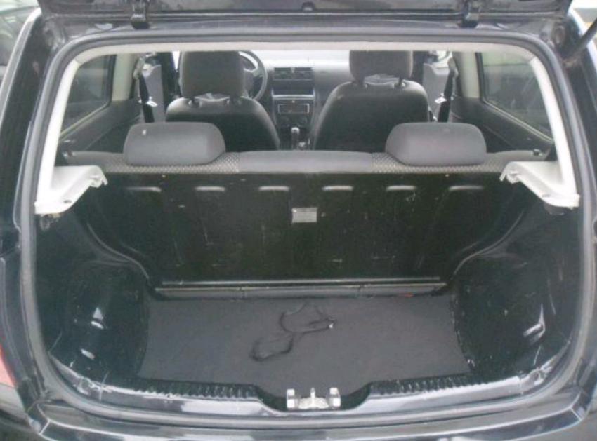 Volkswagen Fox 1.0 8V (Flex) 2p - Foto #10
