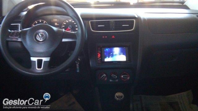 Volkswagen Fox 1.0 VHT (Flex) 4p - Foto #6