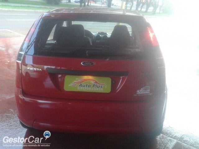 Ford Fiesta Hatch Trend 1.0 (Flex) - Foto #2