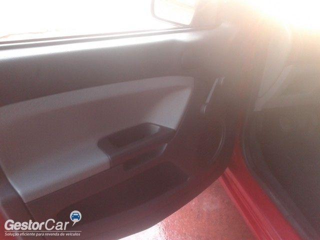 Ford Fiesta Hatch Trend 1.0 (Flex) - Foto #9