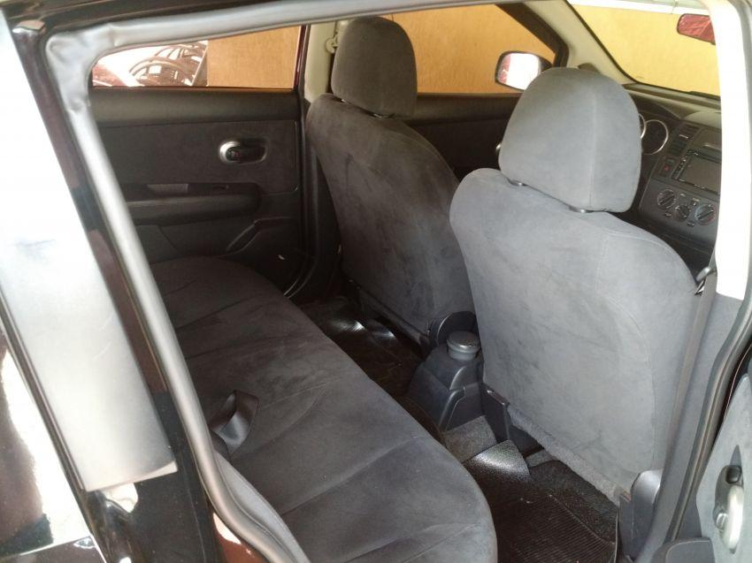 Nissan Tiida S 1.8 - Foto #4